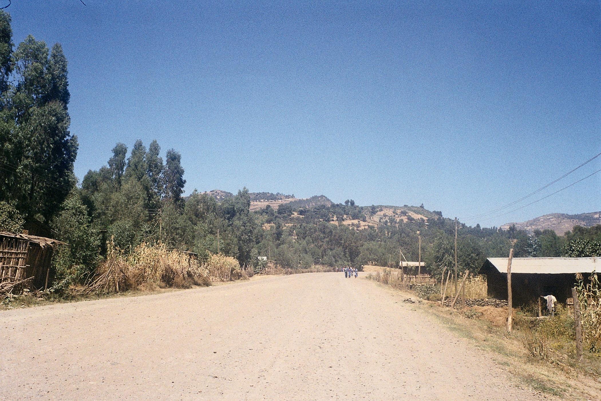 Road near Wolleqa